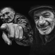 Tři muži ve městě / Three men in town