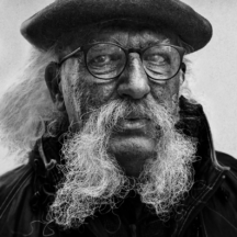 Muž s obřím knírem / Big moustache man