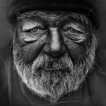Starý muž v čepici / Elderly man in black cap