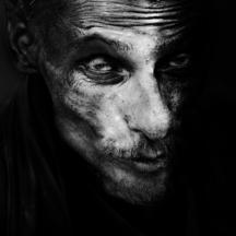 Syrový B/W portrét / Gritty B/W portrait
